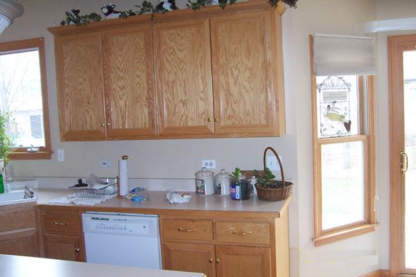 kitchen-counter-tile-before-1adj